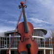 The giant fiddle, Sidney