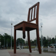 Broken Chair, Geneve